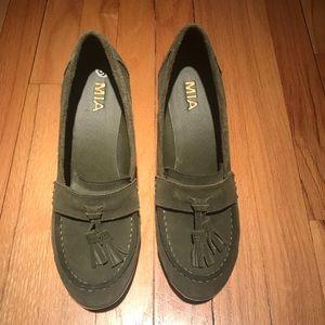 Mia Wedge Tassel Loafers